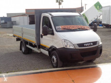 Camion plateau Iveco Daily 70C18