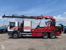 Kamion plošina Iveco Trakker