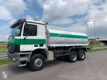 Camion citerne Mercedes Actros 3348