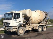 Lastbil beton cementmixer Mercedes Axor