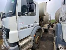Kamión betonárske zariadenie domiešavač Mercedes Axor