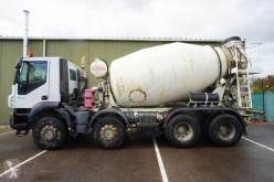 Kamion beton frézovací stroj / míchačka Iveco Trakker 410
