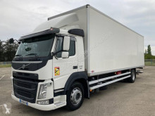 Camion fourgon polyfond Volvo FM 330