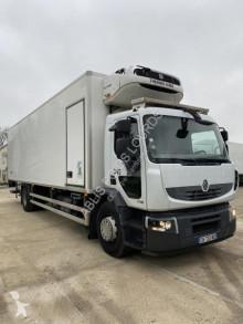 Renault mono temperature refrigerated truck Premium