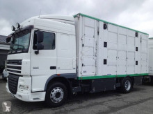 Camion DAF XF105 410 remorcă transport animale second-hand