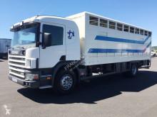 Camião Scania G 124G360 transporte de animais usado