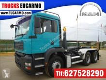 Camión Gancho portacontenedor MAN TGA 33.360