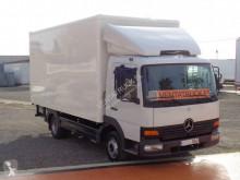 Camión furgón Mercedes Atego 815