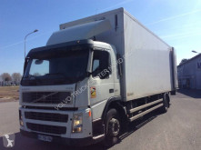 Volvo insulated truck FM 300