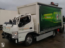 Camion Mitsubishi Fuso Canter 7C15 furgon transport băuturi accidentat