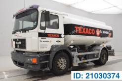 Camión cisterna productos químicos MAN 19.293