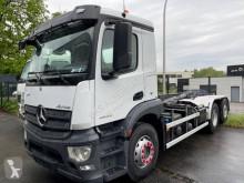 Camión Gancho portacontenedor Mercedes Antos 2543
