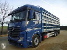 Ciężarówka przyczepa na żywy inwentarz Mercedes