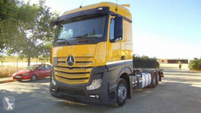 Camion Mercedes portacontainers usato