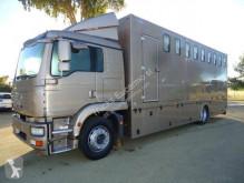 Lastbil hästtransport MAN TGS 18.320