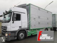 Camion rimorchio per bestiame Mercedes