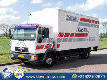 Camion fourgon MAN L2000
