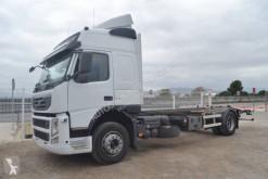 Camion telaio Volvo FM 330