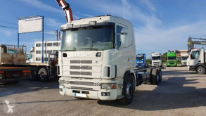 Scania LKW Fahrgestell P124 400