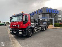 Lastbil Iveco Trakker AD 260 T 45 P polyvagn begagnad