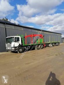 Scania rönkszállító teherautó