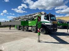 Lastbil Mercedes Arocs 4751 betongpump begagnad