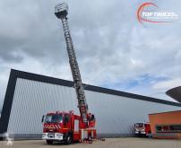 Camión bomberos Iveco Tector
