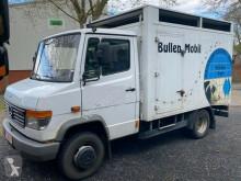 Camión remolque ganadero Mercedes 612 Vollalu Einstock