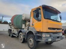 Camion béton Renault Kerax 420.32