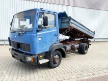 Camión Mercedes LK 809 K 4x2 809 K 4x2 volquete volquete trilateral usado