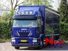 Teherautó Iveco Stralis használt furgon