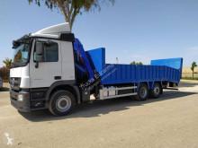 Ciężarówka Mercedes Actros 2532 do transportu sprzętów ciężkich używana