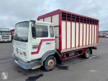 Renault Midliner S 100 truck used livestock trailer