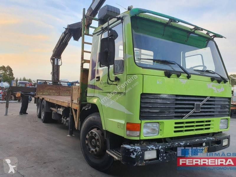 Voir les photos Camion Volvo FL10 320