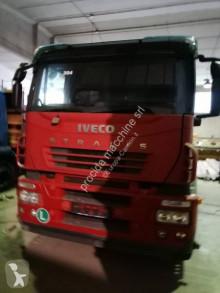 Camion Iveco Stralis AD 260 S 31 Y/P trasporto macchinari usato