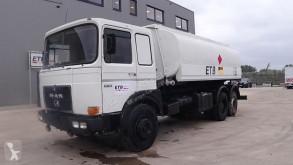 Camión MAN 22.321 (6 CYLINDER / MANUAL PUMP / 8 TYRES / 15000 L / 3 COMPARTMENTS) cisterna usado