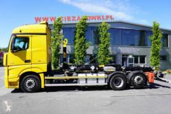 Ciężarówka Hakowiec Mercedes Actros 2545