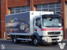 Volvo furgon teherautó FL 240