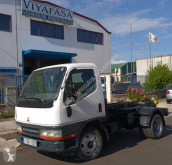 Lastbil Mitsubishi Canter FE534 flerecontainere brugt