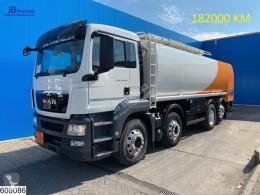 Caminhões cisterna productos químicos MAN TGS