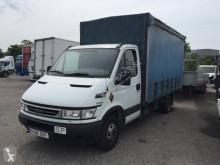 Camion Iveco Daily 35C14 Teloni scorrevoli (centinato) usato