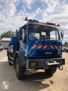 Camión Iveco plataforma elevadora usado
