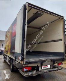 Ciężarówka MAN TGM 15.250 chłodnia używana