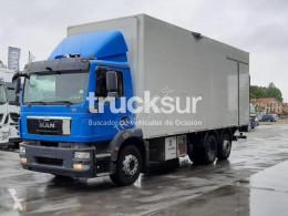 Грузовик MAN TGM ejes 6x2*4 фургон б/у