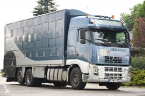 Lastbil uppfödning av nötkreatur Volvo FH12