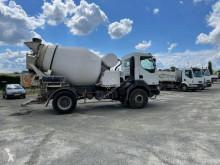 Kamión betonárske zariadenie Renault Kerax 320.19