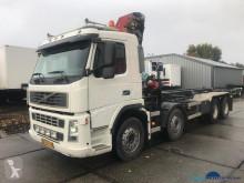 Kamión na prepravu kontajnerov Volvo FM 480