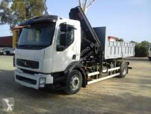 Volvo plató teherautó FL 240