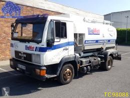 Camión MAN 12.163 cisterna usado
