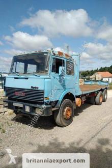 Camion cassone standard Iveco Turbostar 190.30